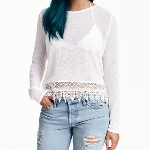 White fine knit sweater with lace trimming